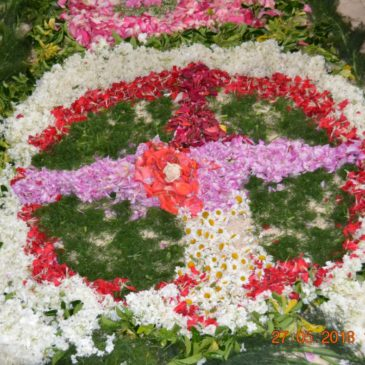 Alfombra floral no Corpus